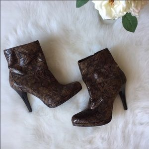 🆕Nine West boots size 8.5